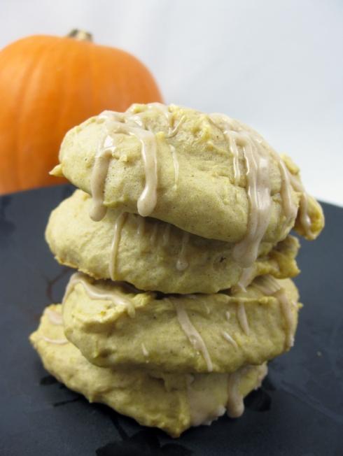 Pumpkin Cookies with Cinnamon Drizzle