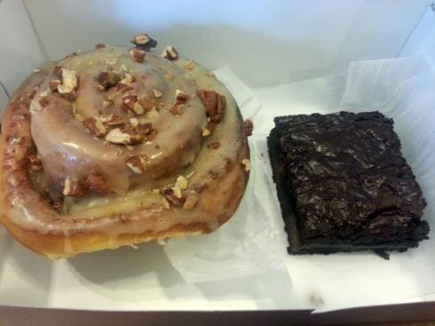 Cinnamon Roll & Brownie from Sweet Art