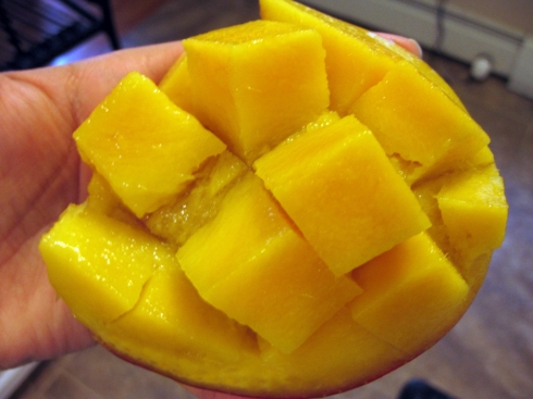 Cutting a mango - Step 3