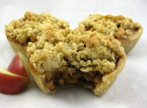 Mini Apple Streusel Pies